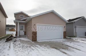 6188 59 Avenue S, Fargo, ND 58104