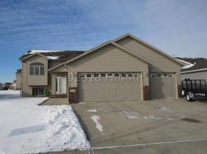 4475 48 Street S, Fargo, ND 58104