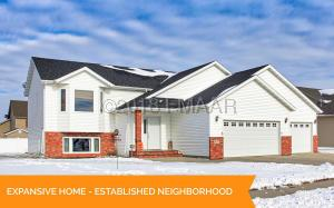 4291 35 Avenue S, Fargo, ND 58104