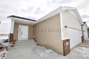 6124 58 Street S, Fargo, ND 58104