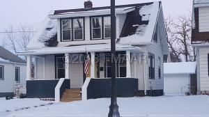 1406 5 Street S, Fargo, ND 58103