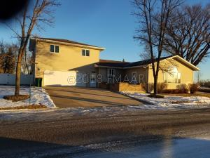 500 COURT Avenue SW, Forman, ND 58032
