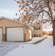 1616 34 1/2 Avenue S, Fargo, ND 58104