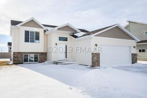1205 30 Avenue W, West Fargo, ND 58078