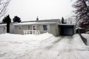 1707 11TH Avenue N, Moorhead, MN 56560