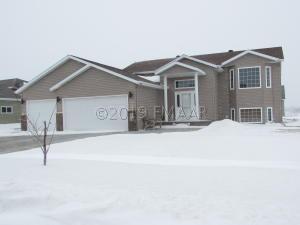 4535 SUNRISE Drive, West Fargo, ND 58078