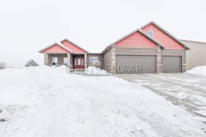 3738 10TH Avenue S, Moorhead, MN 56560