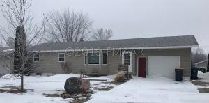 209 12TH Street N, Oakes, ND 58474