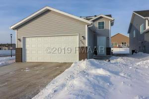 6297 57 Avenue S, Fargo, ND 58104