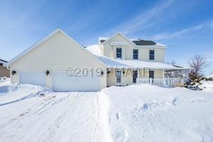 623 WYNDEMERE Drive, West Fargo, ND 58078