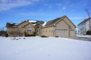 118 48TH Avenue SW, Moorhead, MN 56560
