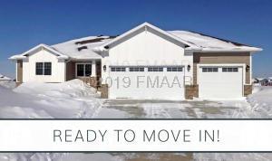 6351 DEER CREEK Parkway S, Fargo, ND 58104