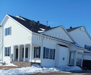 6203 16 Street S, Fargo, ND 58104