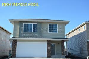 1022 27TH Avenue W, West Fargo, ND 58078