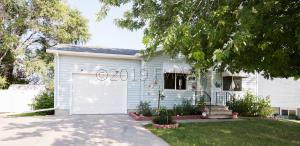 418 3 Street E, Horace, ND 58047