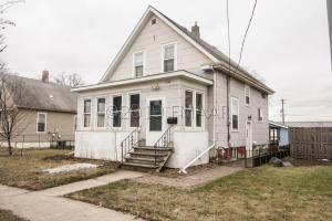 1016 7 Avenue N, Fargo, ND 58102