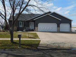 1503 MAPLE Lane, West Fargo, ND 58078