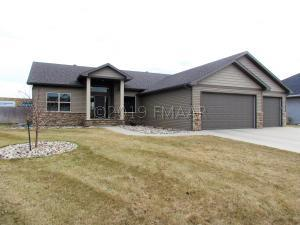 4210 51 Avenue S, Fargo, ND 58104