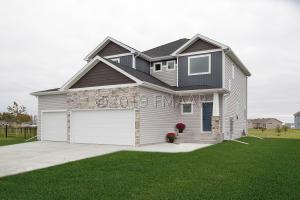 2176 DOCK Drive W, West Fargo, ND 58078