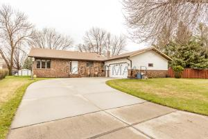 114 39TH Avenue S, Moorhead, MN 56560