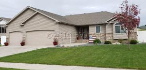 4242 53RD Street S, Fargo, ND 58104