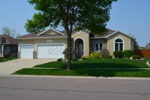 3315 44 Avenue S, Fargo, ND 58104