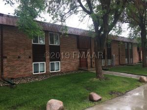 3250 15 Avenue S, Fargo, ND 58103