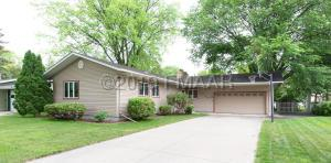 806 S SOUTH Drive S, Fargo, ND 58103