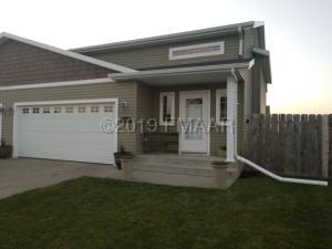 4293 31 Avenue S, Fargo, ND 58104