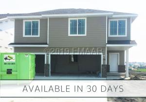 1558 68 Avenue S, Fargo, ND 58104