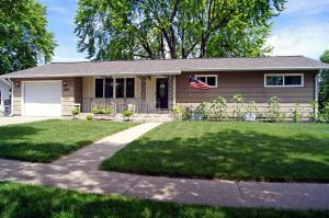 538 MAPLE Lane, Moorhead, MN 56560