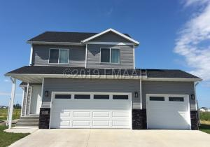 2013 65 Avenue S, Fargo, ND 58104