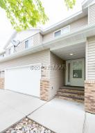 4226 ESTATE Drive S, Fargo, ND 58104