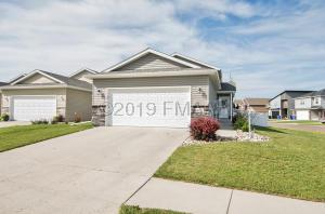 5403 49 Avenue S, Fargo, ND 58104