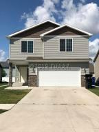 6073 57 Avenue S, Fargo, ND 58104
