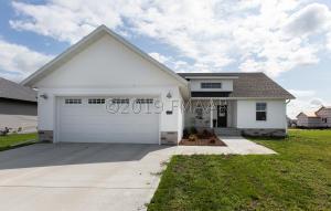 383 CARLSBAD Avenue, Mapleton, ND 58059