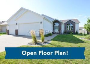 713 LAKERIDGE Drive, West Fargo, ND 58078