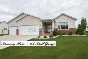 4734 ARBOR Court S, Fargo, ND 58104