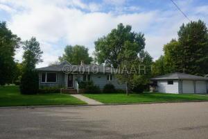 504 2 Avenue NE, Barnesville, MN 56514