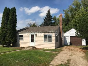 121 4TH Avenue NW, Barnesville, MN 56514