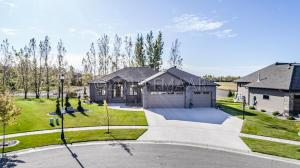 311 50 Place W, West Fargo, ND 58078