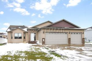 4253 31ST Avenue S, Fargo, ND 58104