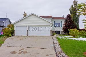 3435 39 Avenue S, Fargo, ND 58104