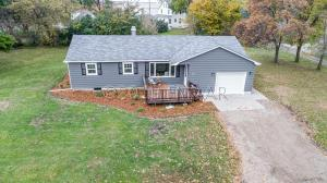 240 3 Avenue S, Kindred, ND 58051