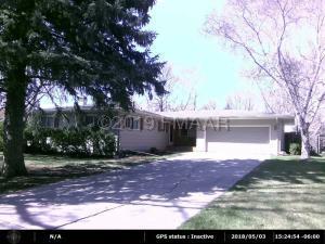 414 DALE Avenue, Moorhead, MN 56560