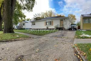 1609 9 Avenue S, Fargo, ND 58103