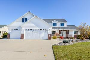 402 42ND Avenue S, Moorhead, MN 56560
