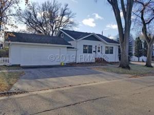 410 11TH Avenue N, Fargo, ND 58102