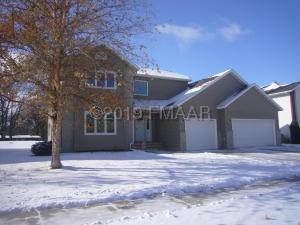 4201 RIVERSHORE Drive S, Moorhead, MN 56560