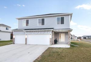 1501 JOHNSON Drive, Moorhead, MN 56560